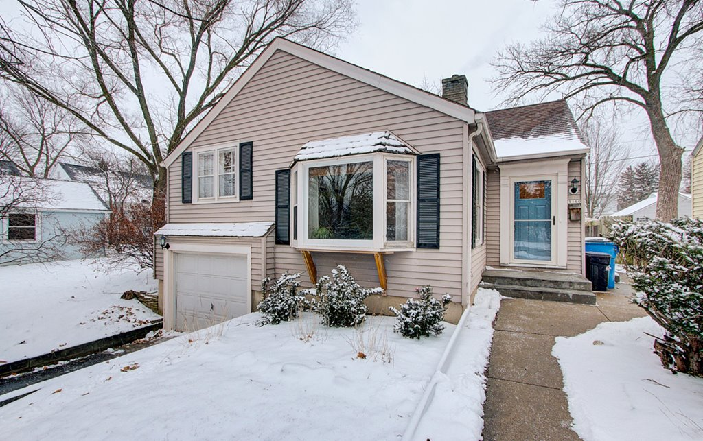 5160 N Lydell Whitefish Bay WI 53217