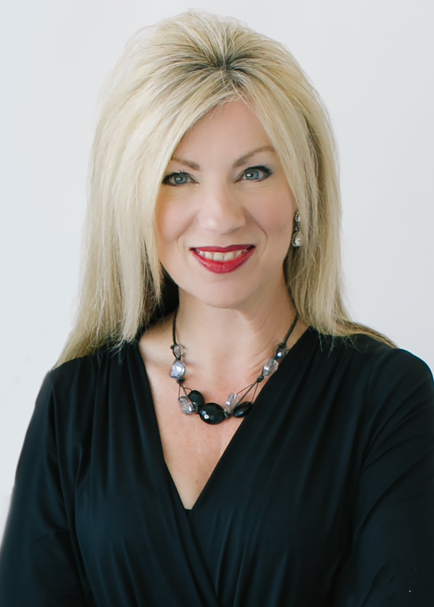Realtors Near Me >> Suzanne Powers | Agent Profile | Powers Realty Group
